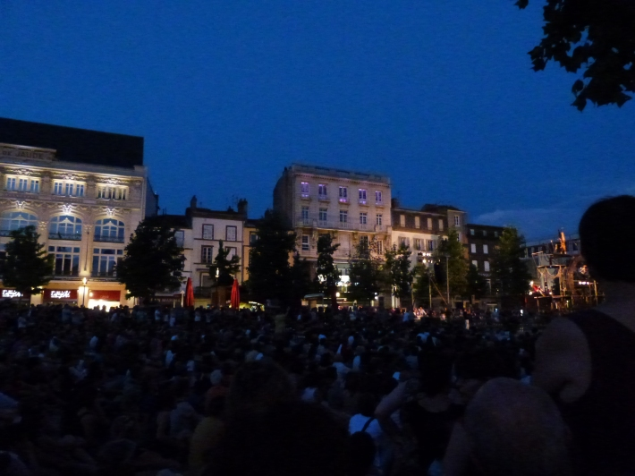 Beaucoup de monde place de Jaude !