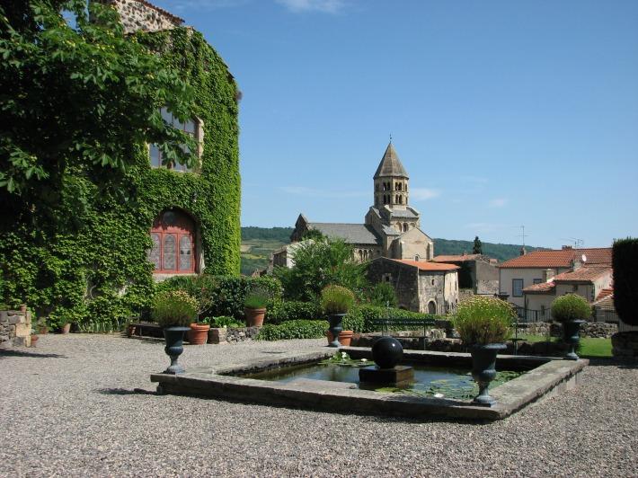 La cour intérieure du château (je triche, je ressors une photo estivale)