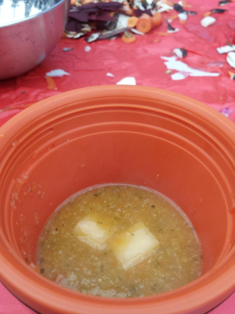 Et voilà ! Une bonne soupe chaude avec un peu de salers... what else ?