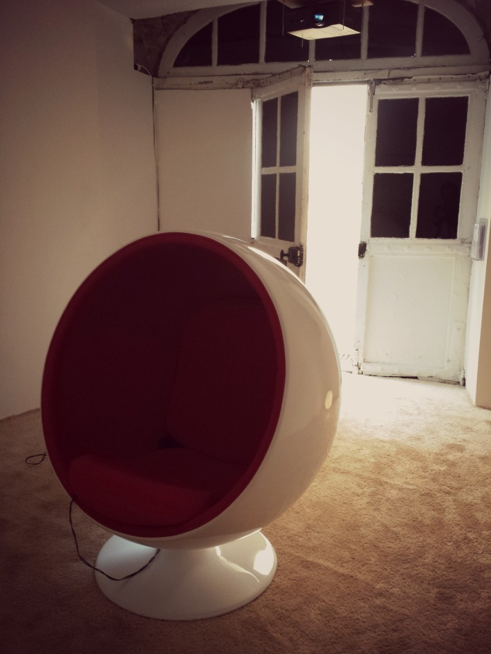 ball_chair