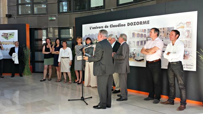 Présentation des 5 drôles de dames par Jean-Yves Gouttebel, président du Conseil général (Thierry Courtadon rigole derrière)