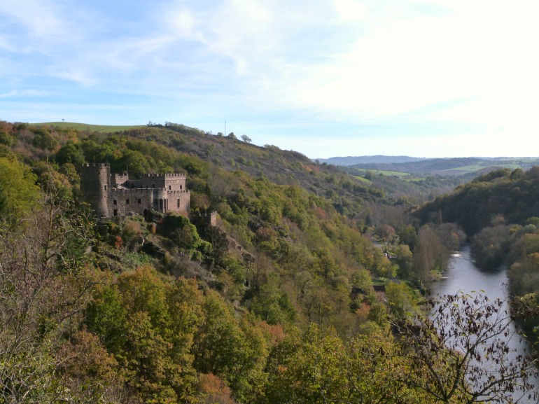 chateau_chouvigny_haut
